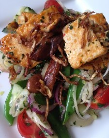 Chilli Tofu and Shiitake Thai Salad